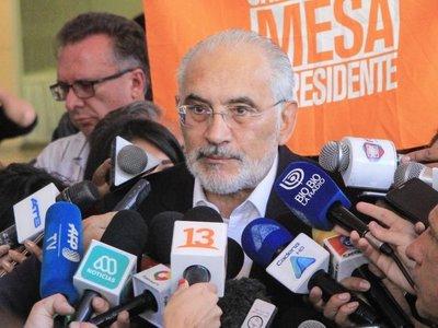 Carlos Mesa pide evitar que Bolivia se convierta en una dictadura