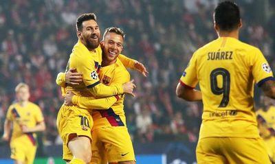 Barcelona gana y se pone líder