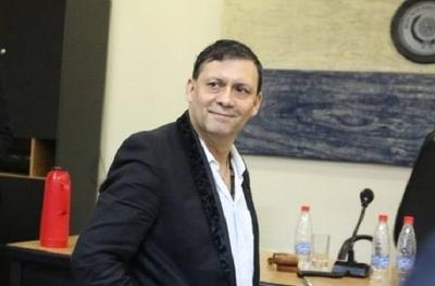 HOY / Víctor Bogado muestra 'riqueza' de periodista de ABC