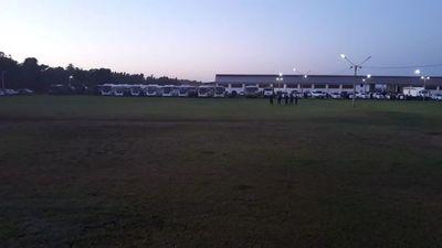 Unos 1.500 policías se preparan para un desalojo en Repatriación