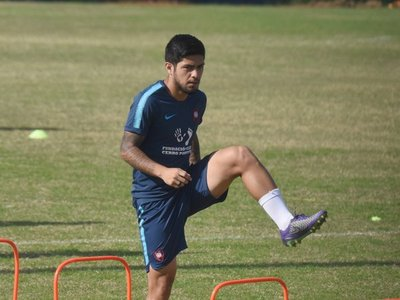 Cerro Porteño recupera a Sergio Díaz y Mathías Villasanti