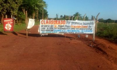 Inacción municipal ante pleito por calle en Franco, acusan que silencio es a cambio de piedra