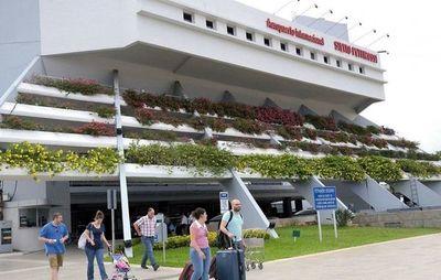 Fallece una mujer en el aeropuerto Silvio Pettirossi