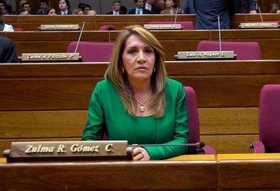 Senadora liberal dice que recortes en presupuesto desatará mucha indignación entre funcionarios