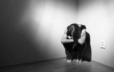 Lo que lleva al suicidio no es un vacío de Dios, sino un dolor psíquico, según especialista