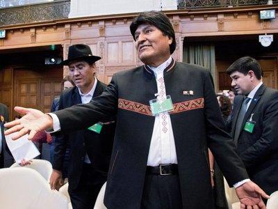 Declaran ganador a Evo Morales sin necesidad de segunda vuelta