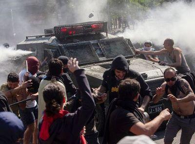 Gobierno de Perú informa que tres peruanos han muerto en protestas en Chile