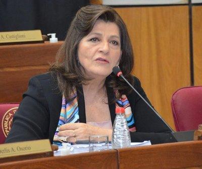 Blanca Ovelar critica relato oficial sobre crisis de la región