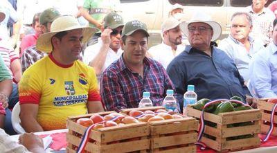 Tomateros de Caaguzú abuchearon a Friedmann durante discurso