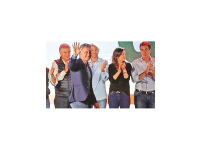 Macri felicita a Fernández por su triunfo como  presidente electo