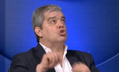 """Gabinete está compuesto por """"buches y mediocres"""", dispara Riera"""