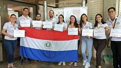 UNE obtiene 9 premios en las Jornadas de Jóvenes Investigadores