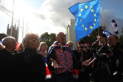 """Francia ve """"muy probable"""" un acuerdo para aplazar el Brexit hasta el 31 de enero"""