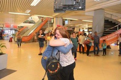 Estudiantes paraguayos varados en Bolivia son asistidos