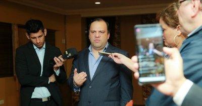"""Ministro de la SAS, molesto por informe de Contraloría: """"Ya es una sanción pública"""""""
