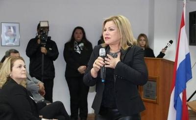 HOY / En 4 años, patrimonio de ministra pasó de 1.200 millones a 8.000 millones de guaraníes