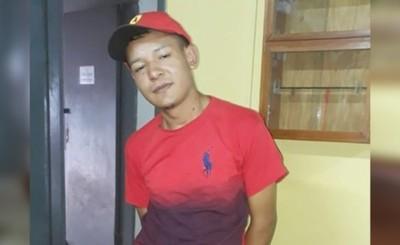 Colombiano intentó hurtar kepis y terminó detenido