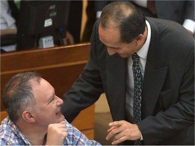 Liberal sostiene que hay causales para juicio a Mario Abdo