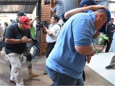 Los jefes filtraban informaciones  y hasta liberaban a narcos por dinero
