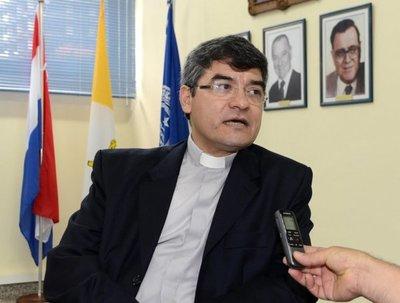 """Rector de la UCA sobre la denuncia contra Kriskovich: """"El galanteo no existió"""""""