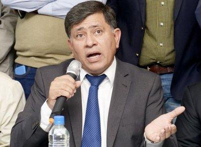 Interior recibe pedido de intervención de comuna lambareña