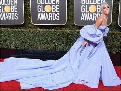 Subastarán un vestido de Lady Gaga que quedó olvidado en hotel