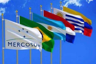Buscan la estabilidad e integración comercial