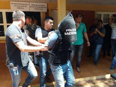 Detienen a presunto sicario brasileño del PCC dentro de un shopping de CDE