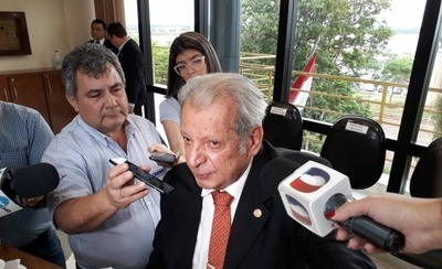 """HOY / CBI tuvo acción """"efrainística"""" y Ferreira sale como 'virgen María', según Calé"""