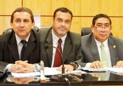 Sumarian a juez por autorizar a acusado de abuso viajar a Cancún