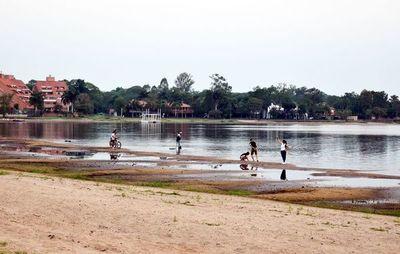 Proponen aprovechar bajante  para  realizar dragado del lago Ypacaraí