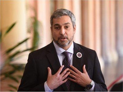 Abdo expresa apoyo a legisladores que lo eximieron de acta bilateral