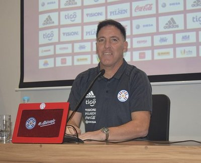 Eduardo Berizzo reafirma su compromiso con la Selección