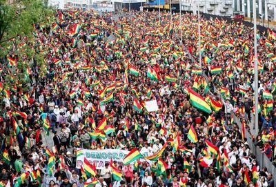 Asambleas populares piden  nuevas elecciones en Bolivia