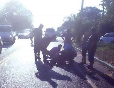 Accidente de tránsito frente al cementerio de Caacupé