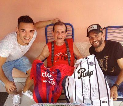 Una visita especial a Carlitos Vera