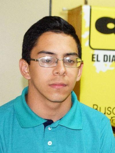 Estudiante demandado por protestar se reunirá con el contralor