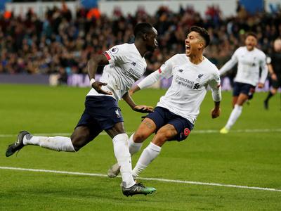 Liverpool reacciona en los últimos minutos y vence al Aston Villa