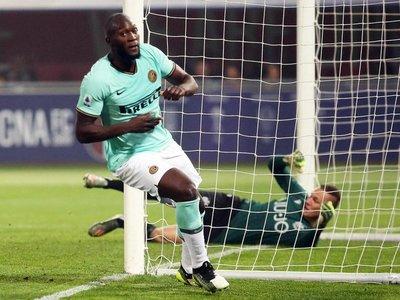Lukaku remonta al Bologna de Federico Santander