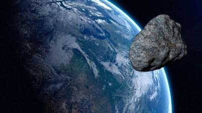 Un pequeño asteroide pasó cerca de la Tierra sin riesgo