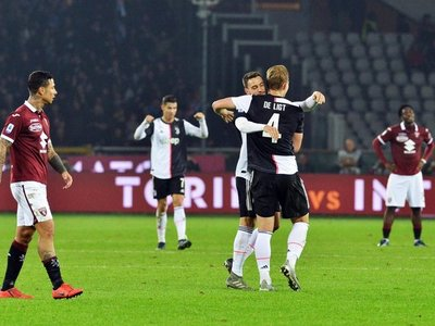 De Ligt mantiene líder a Juventus