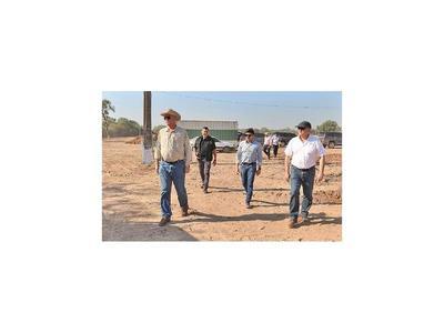 Ministro Wiens verificó inicio de obras de la ruta Transchaco y caminos vecinales