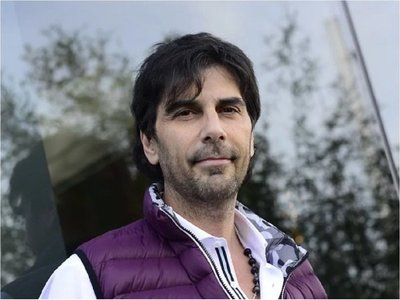 Ordenan captura internacional del actor argentino Juan Darthés