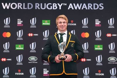 Pieter-Steph du Toit, mejor jugador de rugby del año