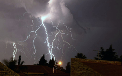 Anuncian tormentas eléctricas en varios puntos del país