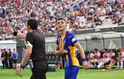 Un juvenil colombiano amarga a Olimpia