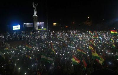 Protestas siguen en Bolivia con ultimátum a Morales