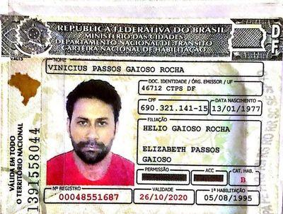 Detienen a dos brasileños por supuesta falsificación de tarjetas