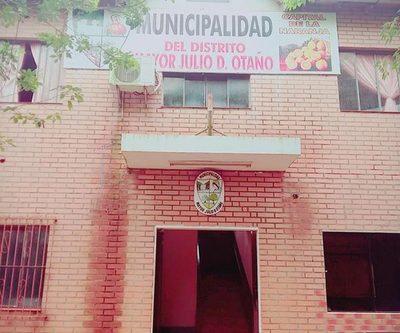 Estudiante denunciará al intendente de Mayor Otaño
