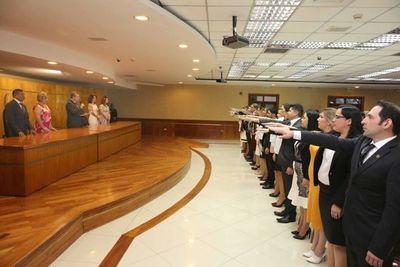 Juraron magistrados y fiscales para varias localidades